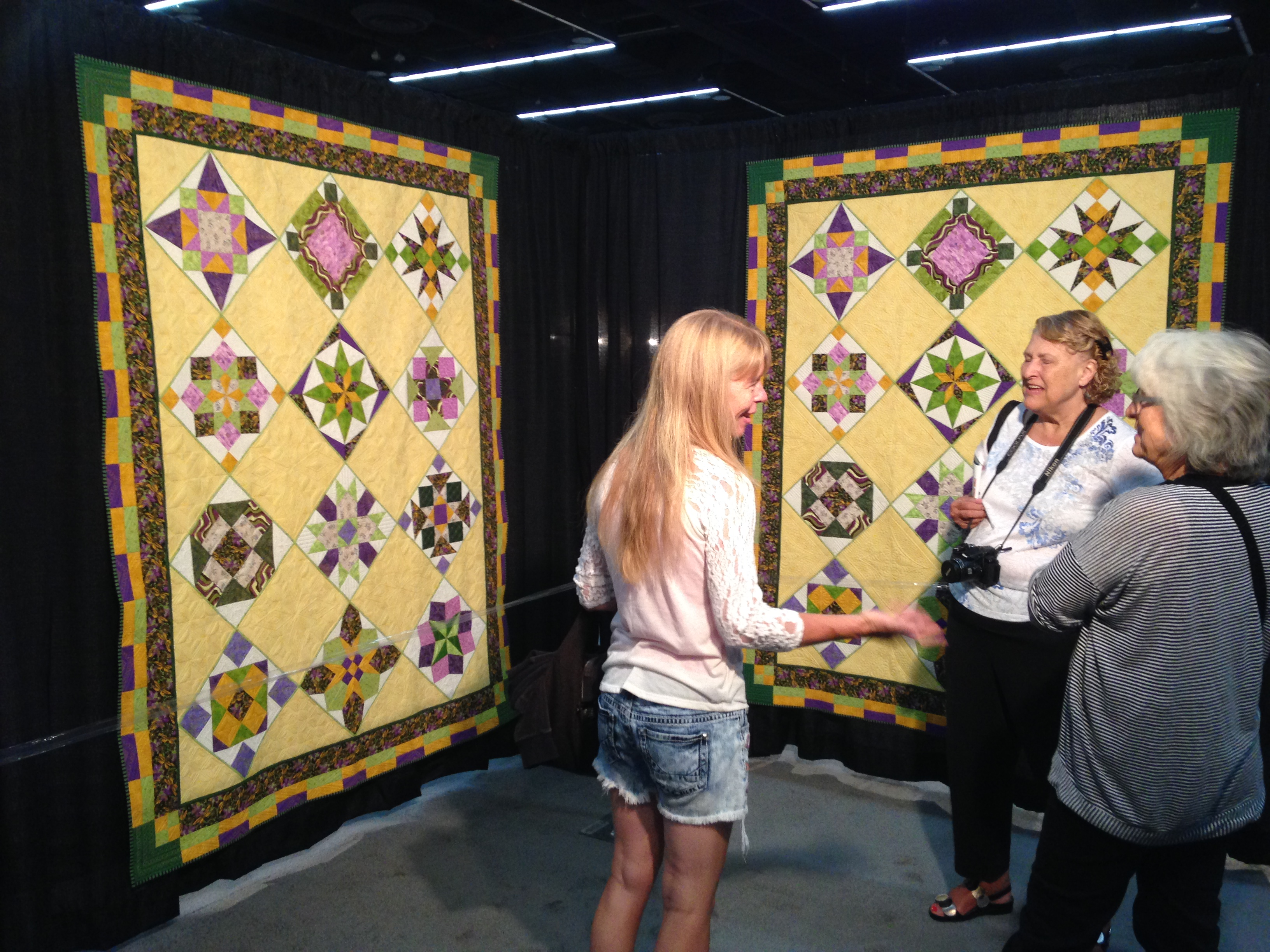 On the Road: Portland Quilt, inc. MQX Festival - Color Girl Quilts ... : mqx quilt show - Adamdwight.com
