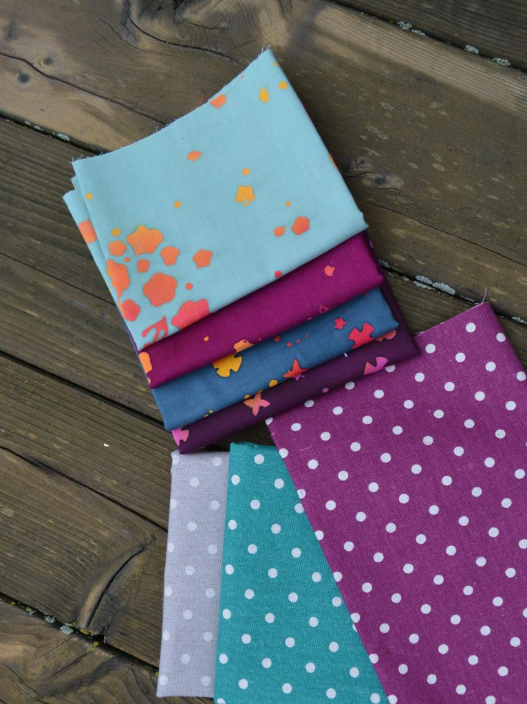 how to mix fabric prints for quilt, handstamped by Alioson Glass with Mochi dots by moda