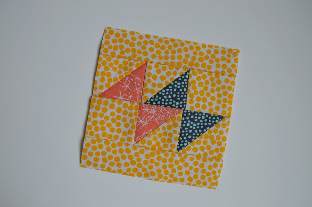 how to make super simple modern sampler quilt blocks with triangles, tutorial