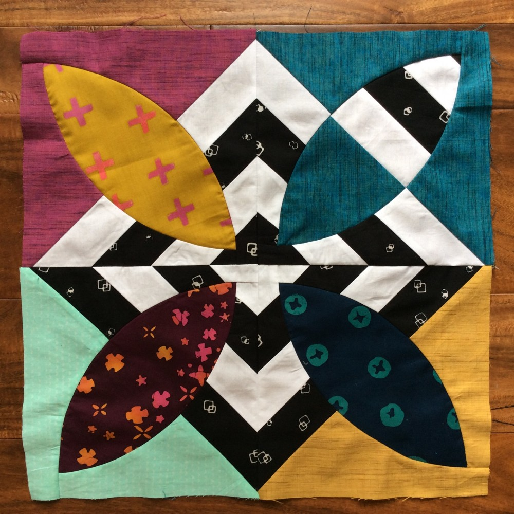 Summer Bloom quilt pattern by Color Girl, modern curved piecing quilt