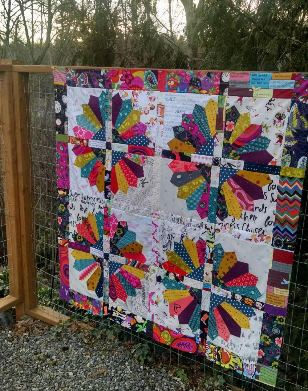 Daisy quilt pattern by Color Girl Quilts