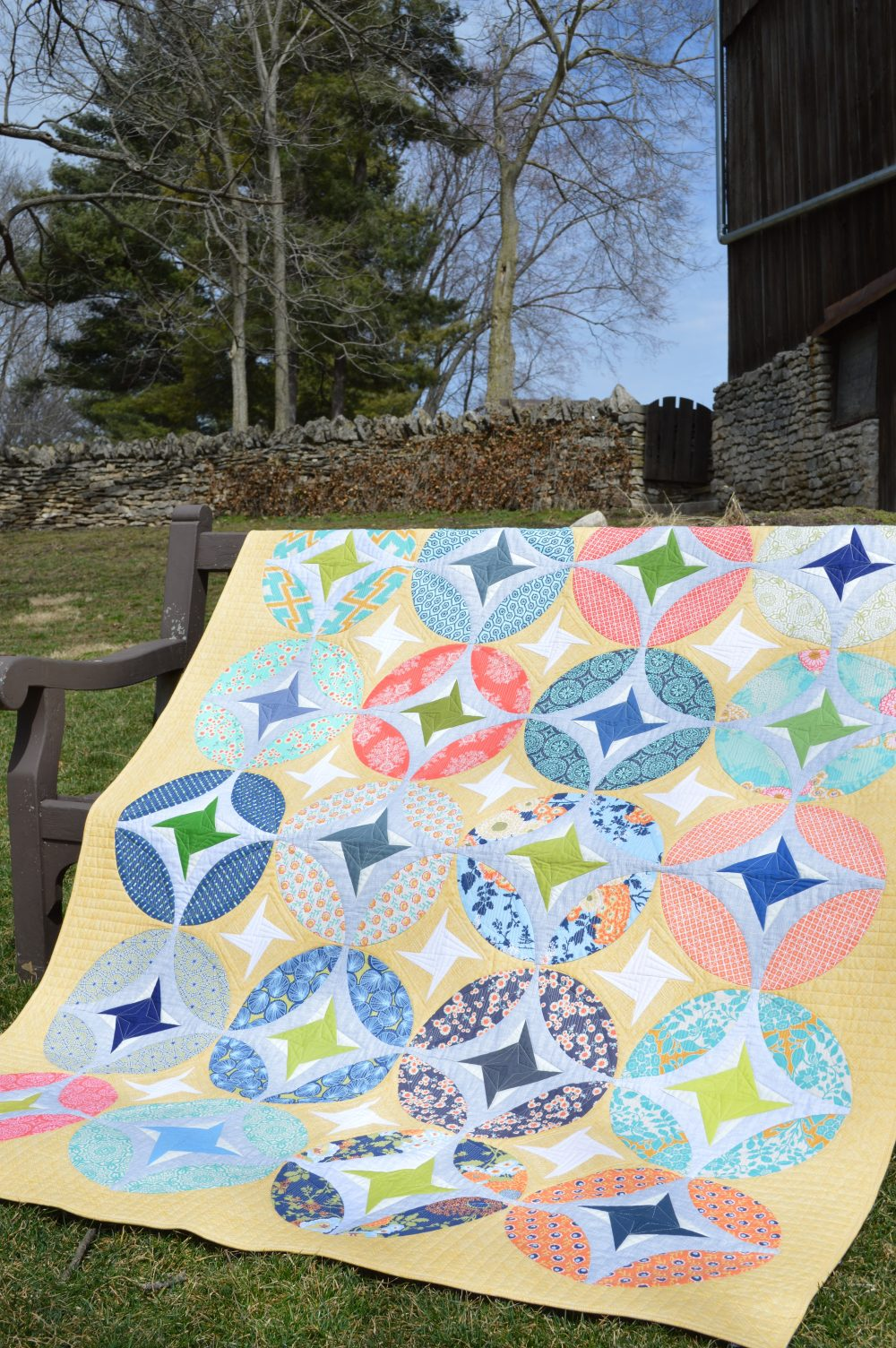 Eclipse quilt, curved piecing pattern by Color Girl quilts
