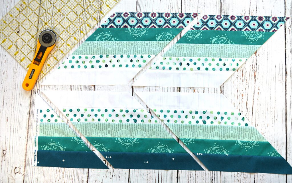Pixie Medallion Quilt pattern, Quilt along, sewing the medallion star