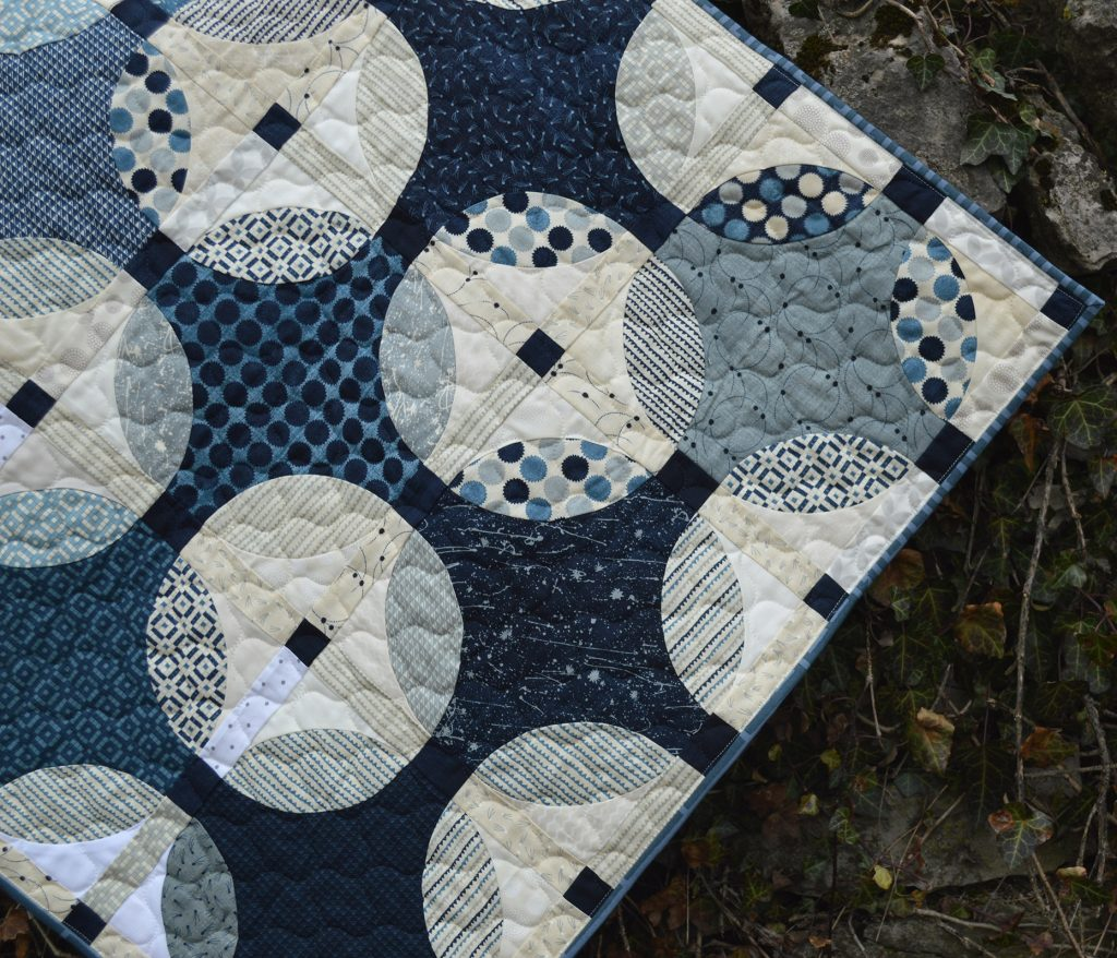 Indigo quilt pattern, curved piecing with the Classic Curves Ruler by Color Girl