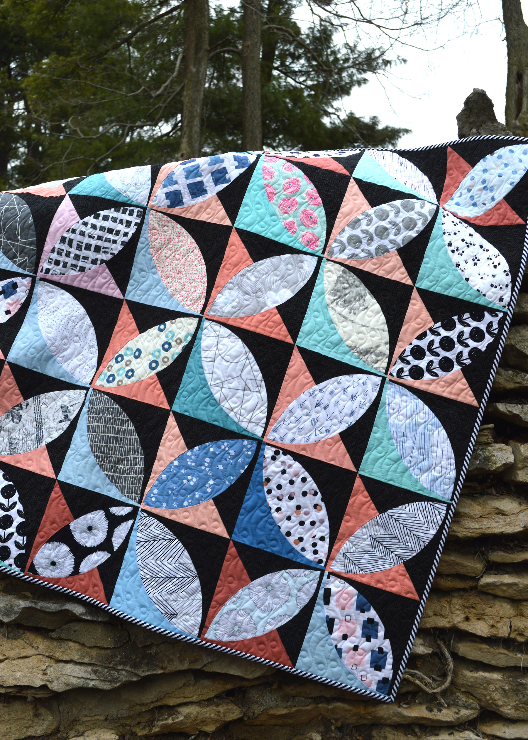 lagom quilt, curved piecing modern quilt with Art Gallery Fabrics by Color Girl Quilts