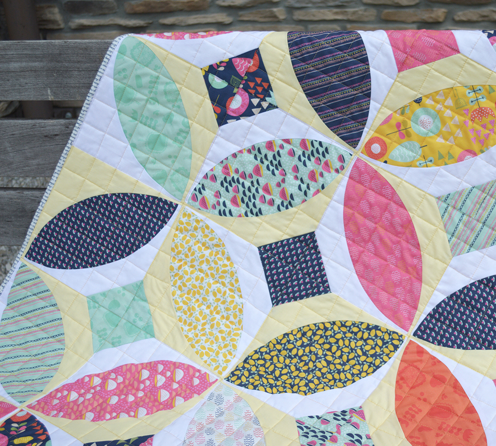 Orange Peel curved piecing quilt using the Classic Curves Ruler and Windsor Garden fabrics from Sweetbeefabrics