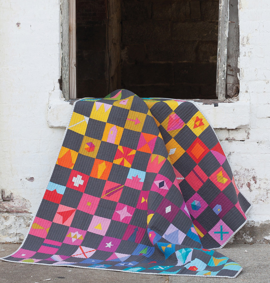 trinket quilt pattern sold by Color Girl Quilts