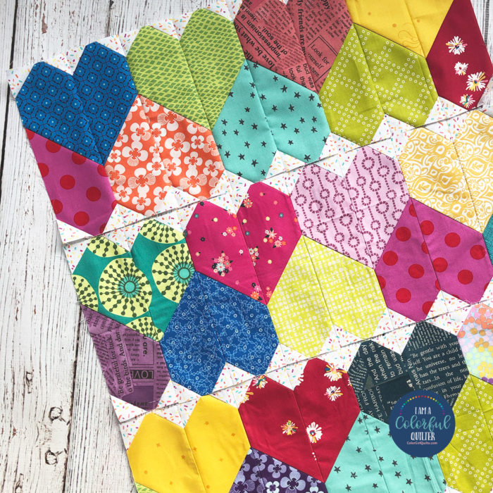 Patchwork row of hearts, pieced quilt tutorial by Color Girl quilts